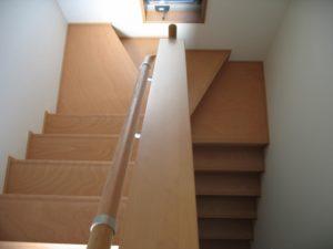 折り返し階段の例の写真