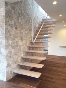 スケルトン階段の例の写真
