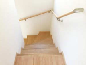 階段の手すりの写真