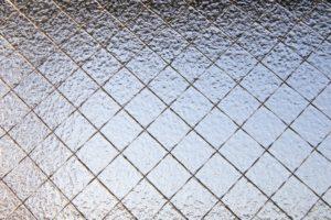 網入りガラス(型板ガラス)の写真