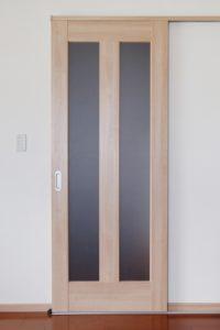 床レールタイプの引き戸
